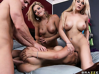three amazing blondes with