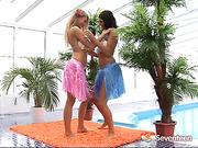 Mia B and Debbie E Softcore