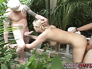 mujer explosiva rubias milf with