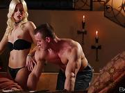 Petite blonde babe sucking muscular guy's dick before hard banging