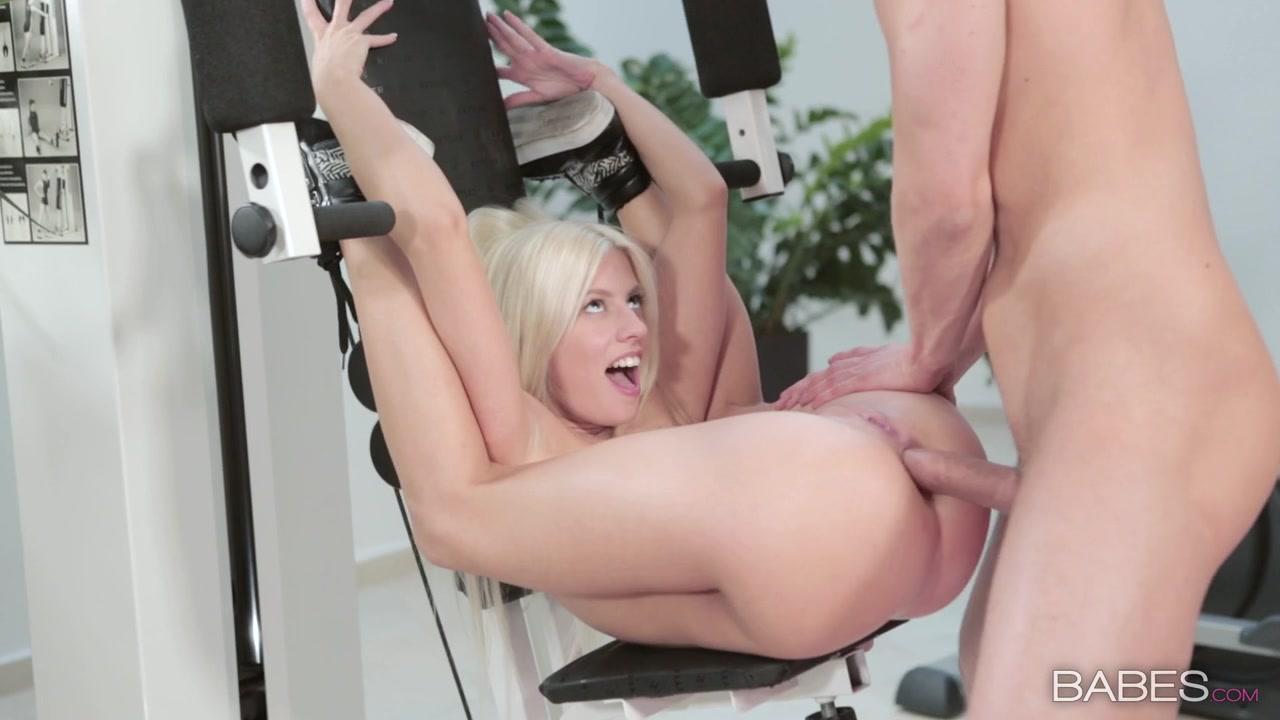 Flexible nude women having sex — photo 4