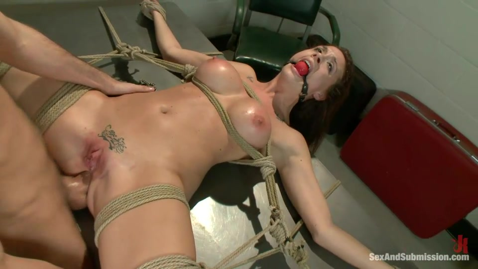 Brunette Hottie With Tattooed Pussy Gets Gagged And Bound Before Rough Nailing