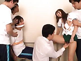 japanese schoolgirl gets her