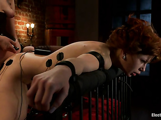 red hottie roped the