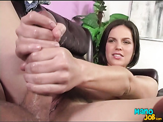 small tit black hair
