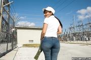 latina girl body