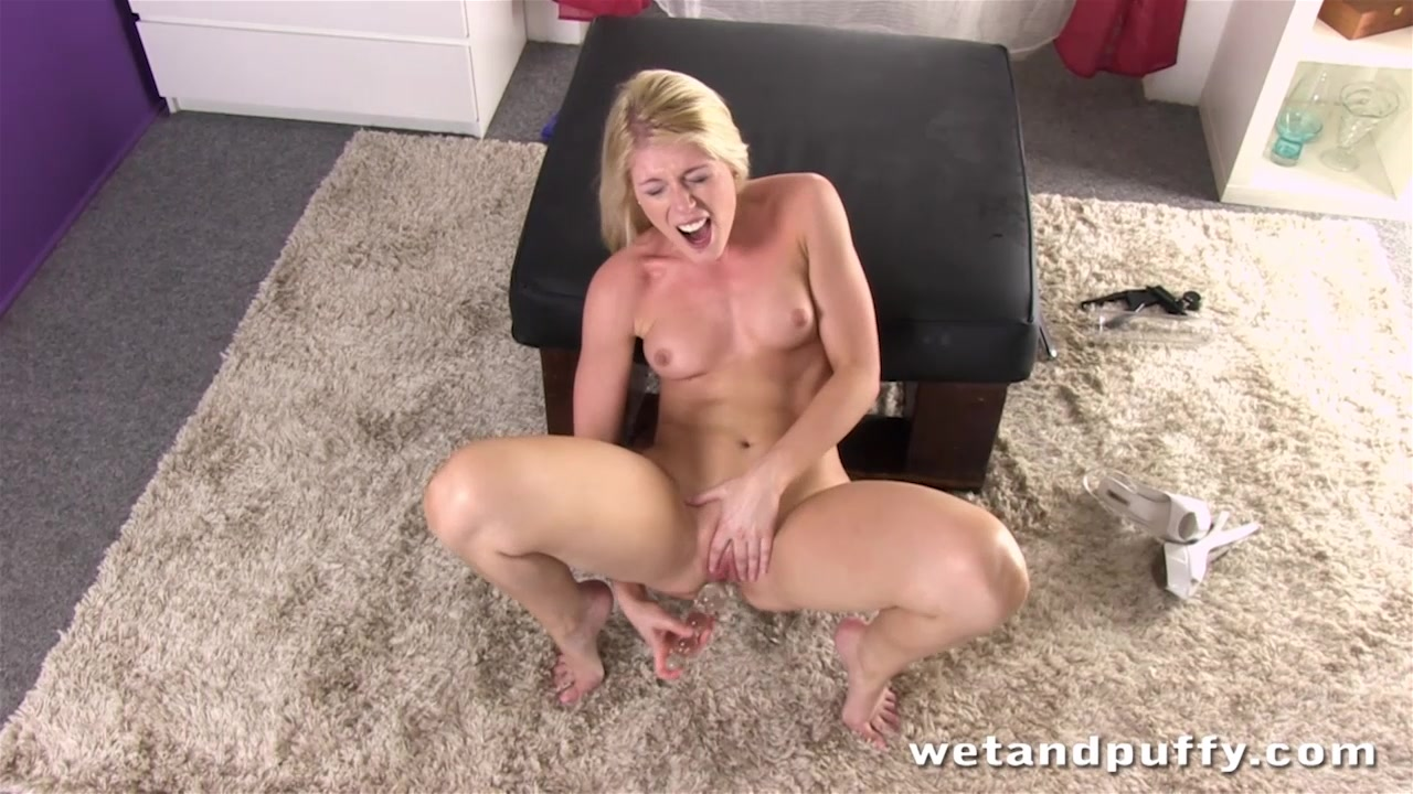 Blue Eyed Blonde With Tiny Tits Pumps Her Sensitive Pussy Then Fucks It