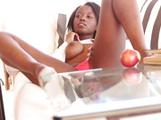 ebony princess eats juicy