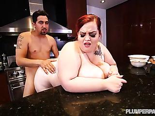 chubby slut has her