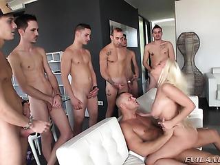 curvy blonde has guys