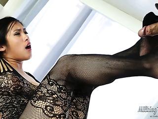 first-class brunette black mesh