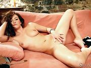 babe, individual model, perky, tits