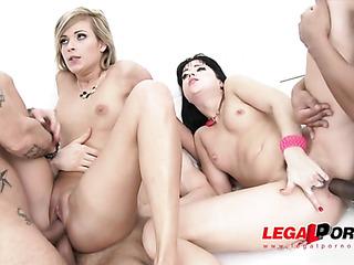 lesbian blonde and brunette