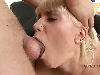 Enter spank her 101