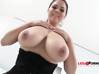 lass with huge boobs