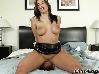 tempting brunette domina leather