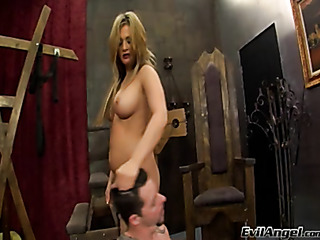 chubby mistress forces her