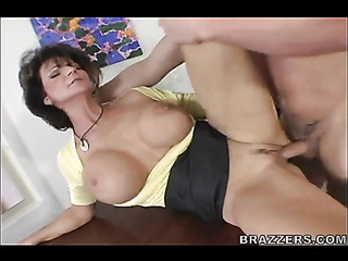 milf yellow top and