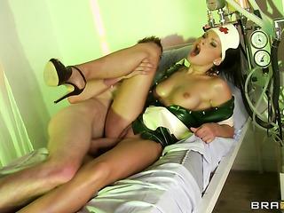 hot nurse slutty green