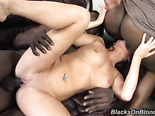 brunette chick has threesome