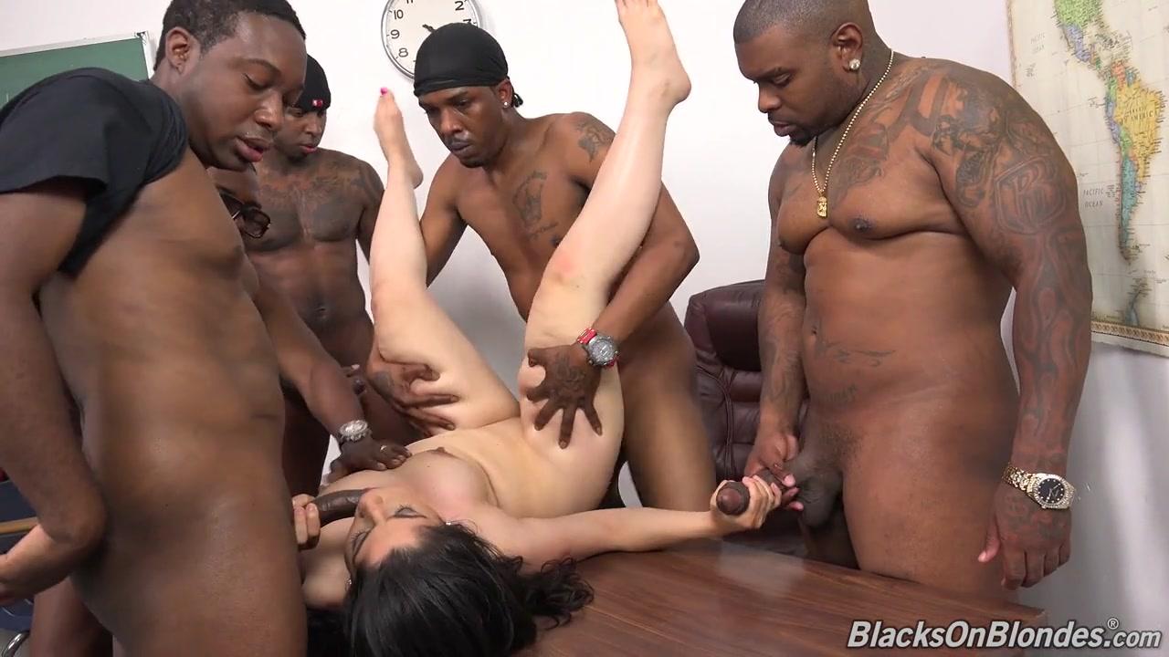 Ebony latina boob