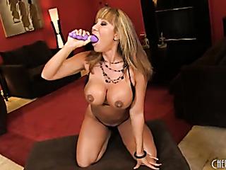 seasoned slut with big