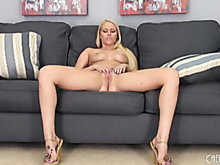 sturdy blonde spreads her