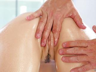 exhilarating oil massage makes