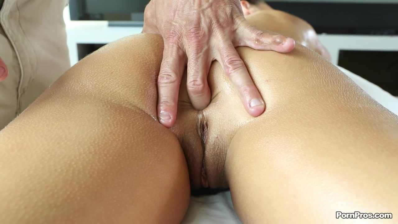 Latina Teen Oil Massage