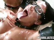 milf helps guy dominate