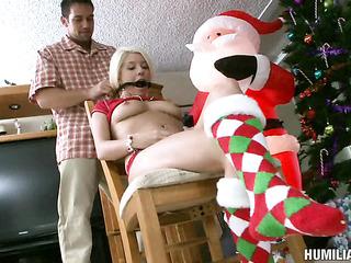 dirty blonde dame santa's