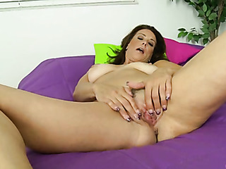 hot mama pleases herself