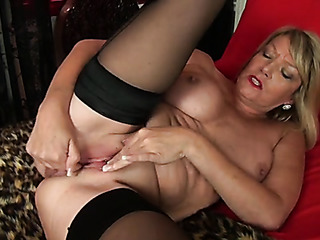 chubby mature blonde gets