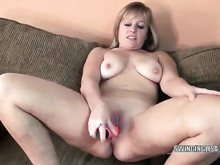 freaky chubby blonde momma