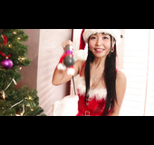 Santa hat Asian chick using her new hitachi to get off