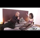 Black pumps brunette enjoys hardcore anal penetration