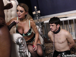 cuckold husband plays with