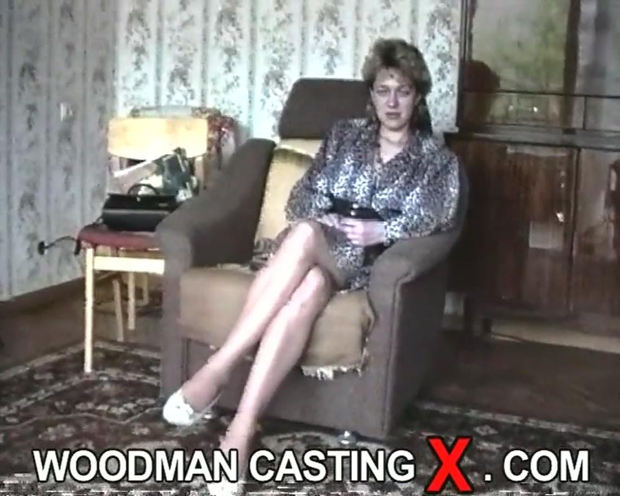 Amateur Hot Blonde Interracial
