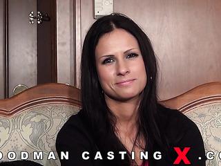 czech amateur anal casting