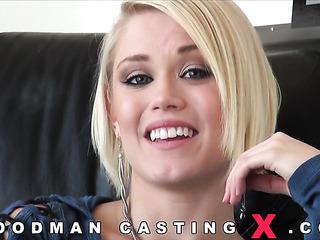 gorgeous amateur rough sex