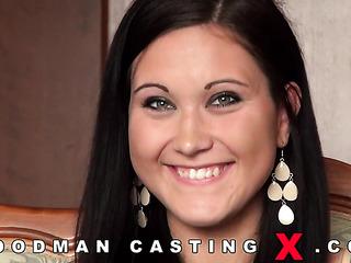 brunette czech casting