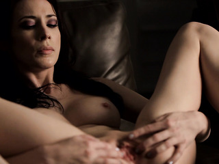 gorgeous shaved pussy masturbation