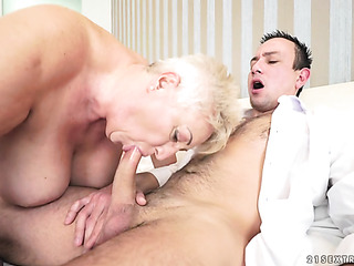 short-haired grandma fucking hung