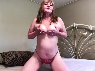 voluptuous sexy milf lingerie