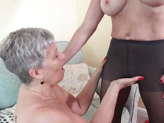 mature lesbian foot sex