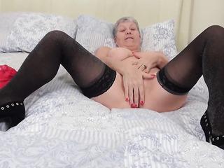 saggy tits mature bbw