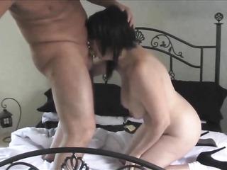 mature petite amateur fucks