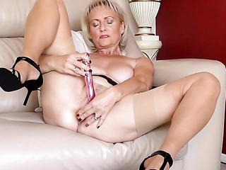 big tits voluptuous milf