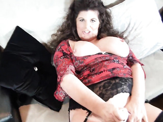 juicy amateur mature bbw