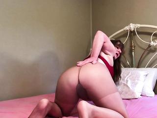 mature nylon tight pussy